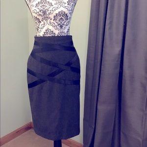 Escada Grey Pencil Skirt - Size 38 (US - Size 6)
